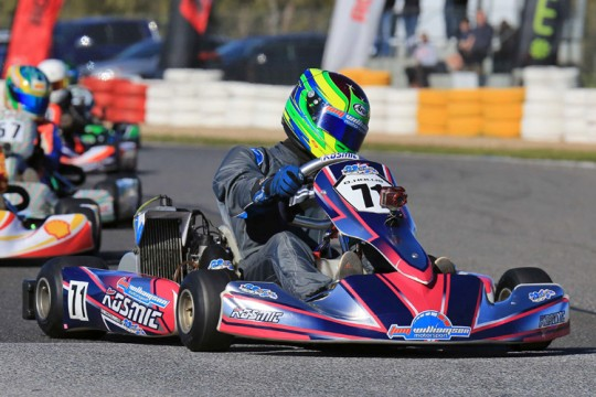 TEAM AUSTRALIA GOING DOWN TO THE WIRE IN PUCKAPUNYAL