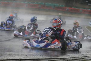 Jac Preston on his way to victory in Junior Max (Pic: Coopers Photography)