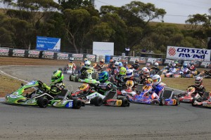 Aaron Cameron leading the KZ2 Field at Monarto (Pic: Coopers Photography)